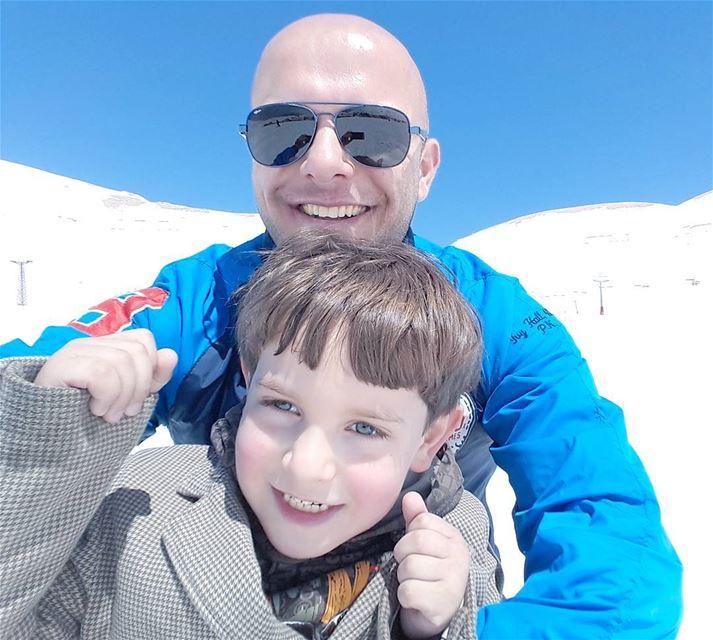 Enjoying the snow with my little brother 💙 Family FamilyDay Brothers ... (Téléskis des Cèdres - Cedars Ski Resort - Arz)