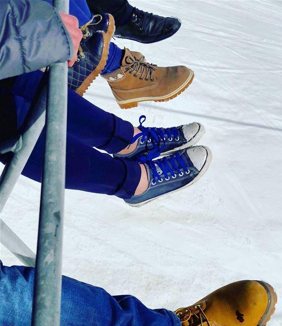 Choose the best shoes 😂 Enjoying the Snow ElArz Arz Bsharri Family... (Téléskis des Cèdres - Cedars Ski Resort - Arz)