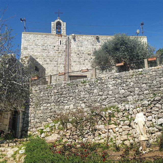 ⛪🕇⚘ Church of The Annunciation built in 1871 - Bakloush - Sahel AlmaH A... (Tarik Dareb El Sama)