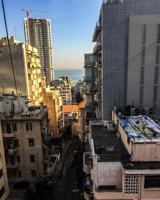 في_بلادي .. صباح الخير يا بيروت بيروت _هي_الروح lebanon lebnan liban ... (Clemenceau)