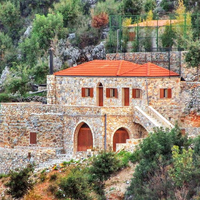Beautiful House in Jrabta 😍 lebanon nature naturelovers natureporn ... (Jrabta, Liban-Nord, Lebanon)