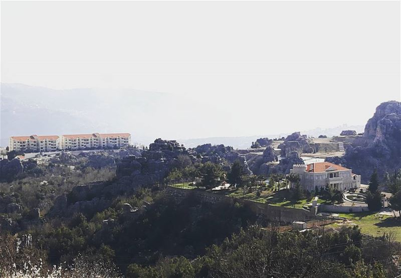 من فيطرون (تصوير @carla.abi.chahla) lebanon lebanonview picoftheday ...