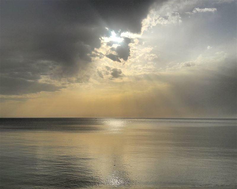 Today's sunset was magical 🌅 Dreamy Spring طرابلس لبنان Tripoli ... (El Mîna, Liban-Nord, Lebanon)