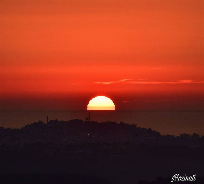 It is impossible to watch sunset and not to dream...... (Hoûmîne El Faouqa, Al Janub, Lebanon)