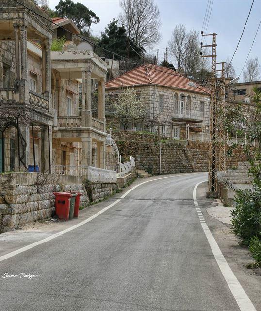 Haytoura.. South Lebanon..بلدتي غابة جميلة..... village house ...