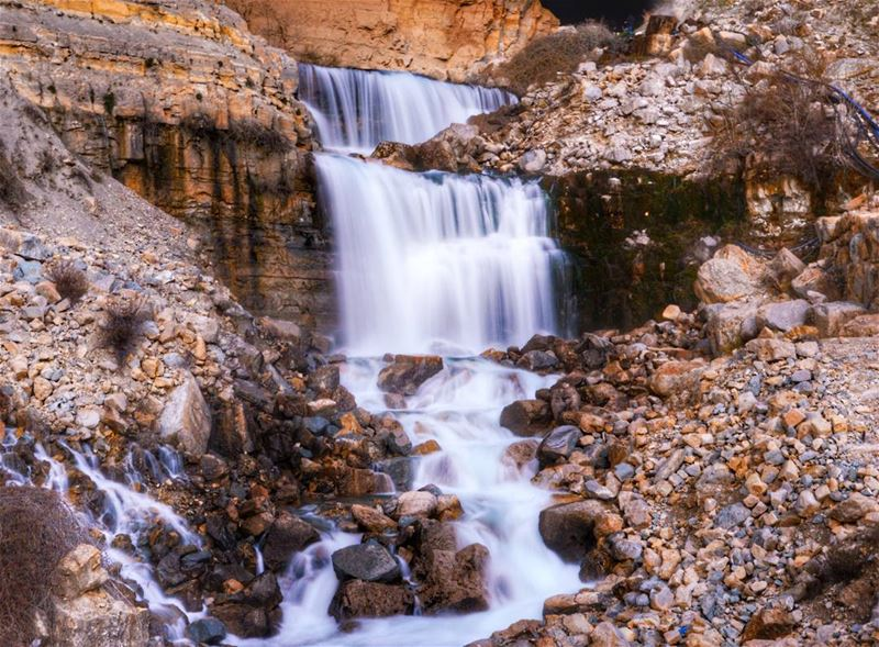 Afqa Waterfall ..... water waterfall cave grotto rocks river photo... (Afqa)