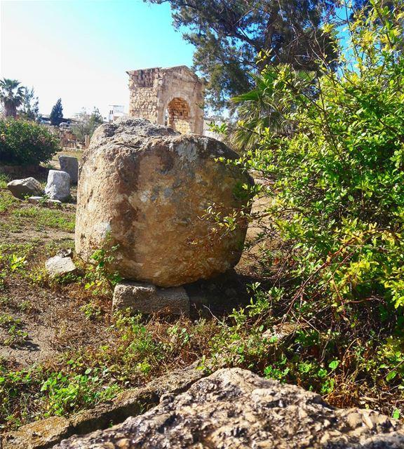 صور صورة الثقافة الحضارة التاريخ whatsuplebanon ig_lebanon ... (Tyre, Lebanon)