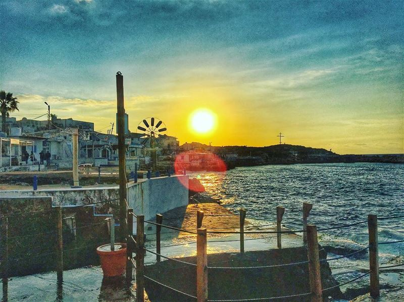Beautiful sunset ☀️🌅 livelovenature livelovelebanon liveloveanfeh ... (Enfeh)