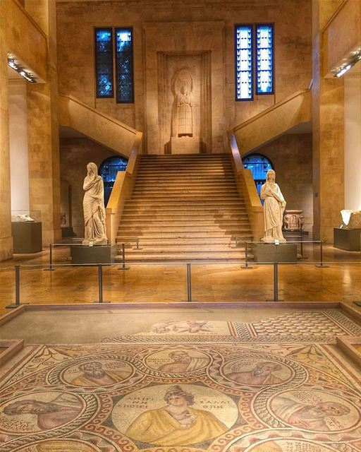 Museu Nacional de Beirute fotografado pela blogueira @featala. Inaugurado... (National Museum of Beirut)