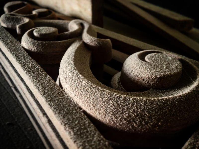 Carving ⛏___________ raseelabdophotography photographyislifee...