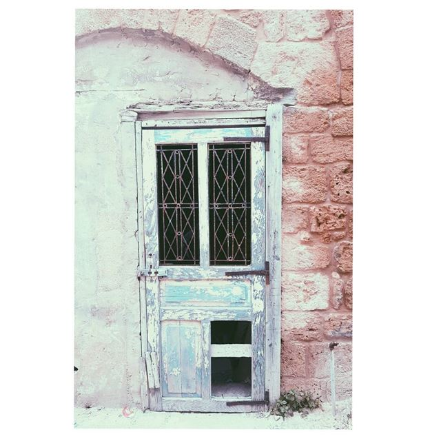 Hello!Is there anybody in there?🎶--- TakeMeTo Batroun Lebanon door... (Batroûn)