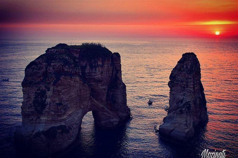 sunsets sunset sunset_ig sunsetlove sunsetlovers redsun meetlebanon sun... (Beirut, Lebanon)