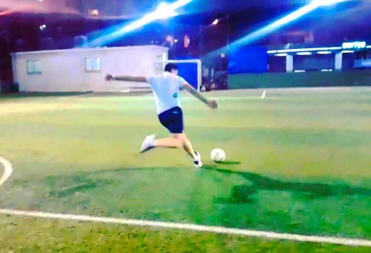 ⚽️⚽️⚽️  playing  football  soccer  play  lebanon  beirut  green  field ...