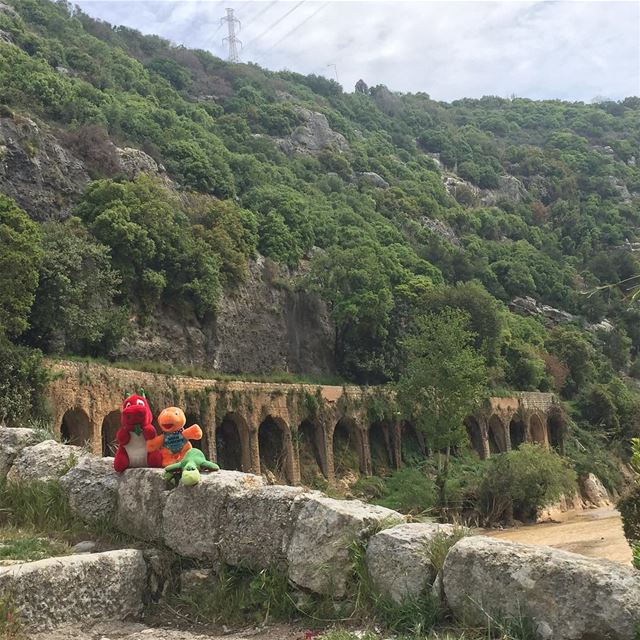 Ness, Griff & Mini-e (re)visiting the magical rich historical and... (Nahr al-Kalb)