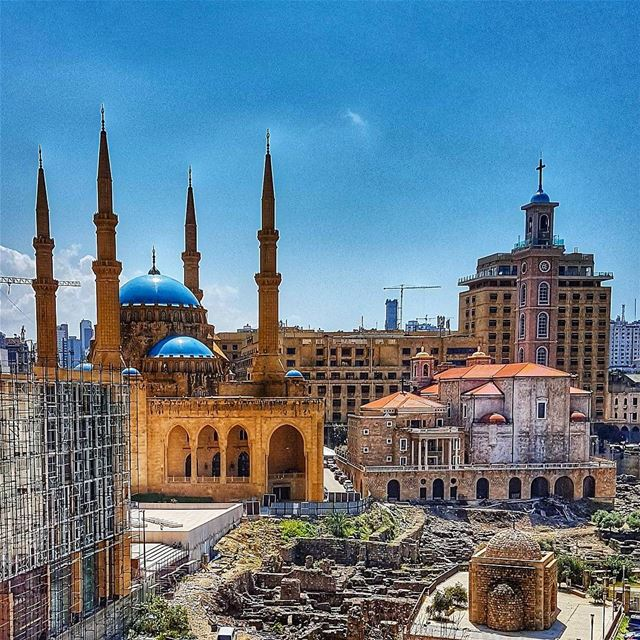 This is Beirut church mosque unity peace beirut beirutcity mycity ... (Downtown Beirut)