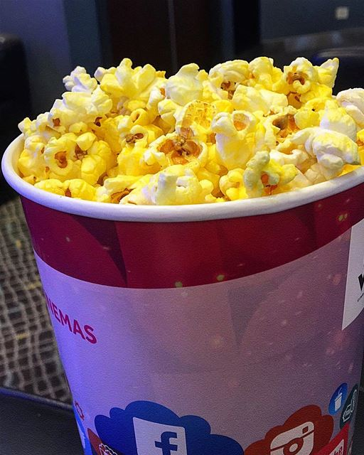 Movies + Popcorn=😍😍🤤🤤... weekend movies coffee food eat yummy... (Beirut, Lebanon)