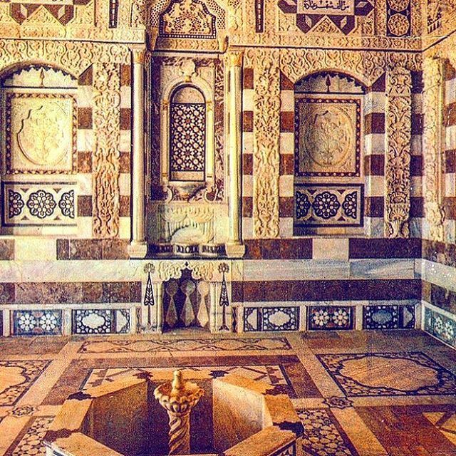 The amazing palace of Beiteddine 🇱🇧 livelovelebanon .... wonderful ... (Beiteddine Palace)