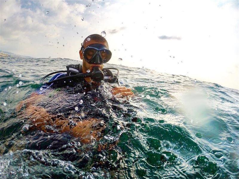 Pre-dive dive diving onlyonelebanon lebanonspotlights gopro goprohero... (Byblos - Jbeil)