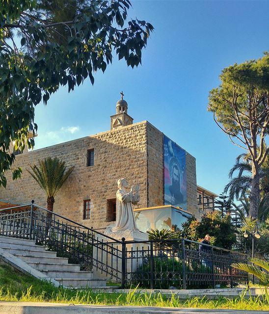 Kfifane Monastery, Lebanon lebanon nature naturelovers natureporn ... (Deir Kfifane دير كفيفان)