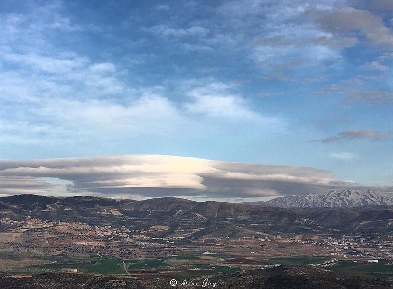 Cumulus Cloud & Haramoun Mountain ☁️🏔 cumulus cumulusclouds cloud ... (Saghbîne, Béqaa, Lebanon)