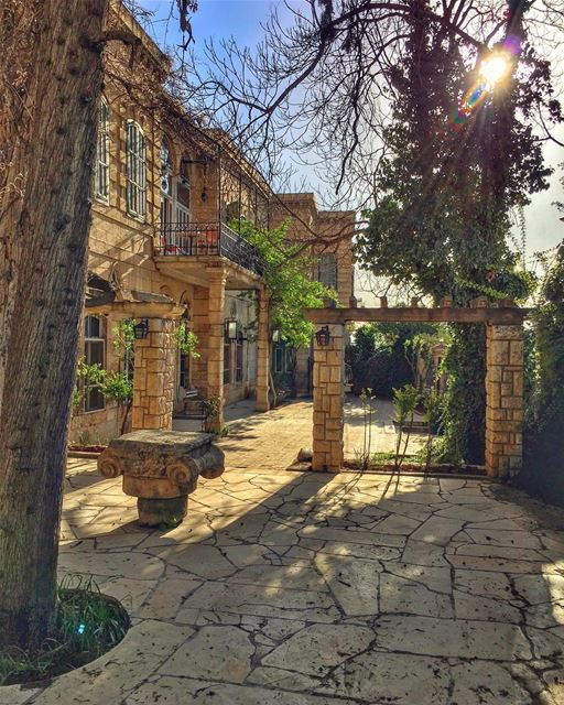 I am the past, present and future captives to the memories that forever... (Baalbeck Palmyra Hotel)