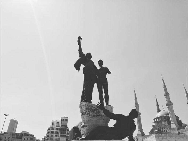 طلعت_ريحتكم (Martyrs' Square, Beirut)