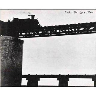 The Lebanese Train Crossing Fidar Bridge in 1948 .