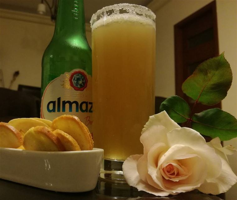 Cheers People 😄 cheers  relax  almaza  night ...