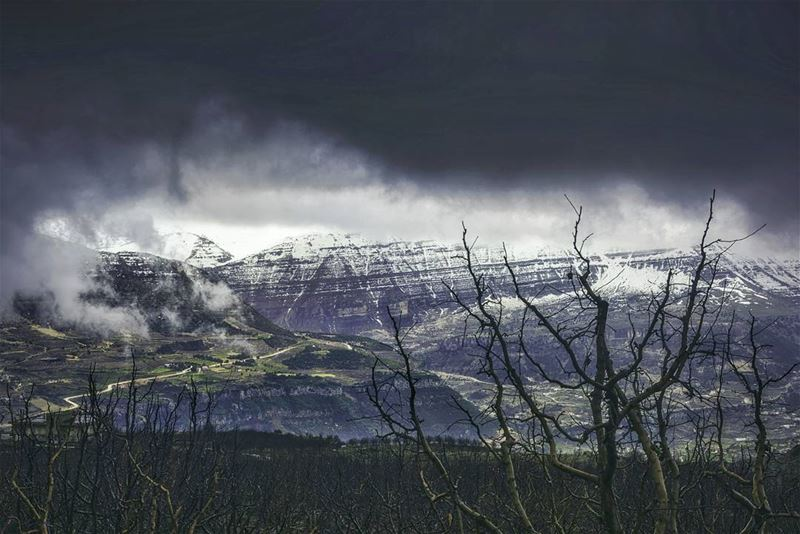 landscape instaphoto nature stormy view mountain badweather snow...