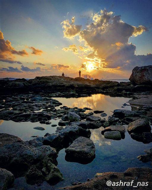 إن يكن قلبك لا يسمع لحنيفلمن يا فتنة الروح أغنيللهوى سر المعاني الخالدات. (Tyre, Lebanon)