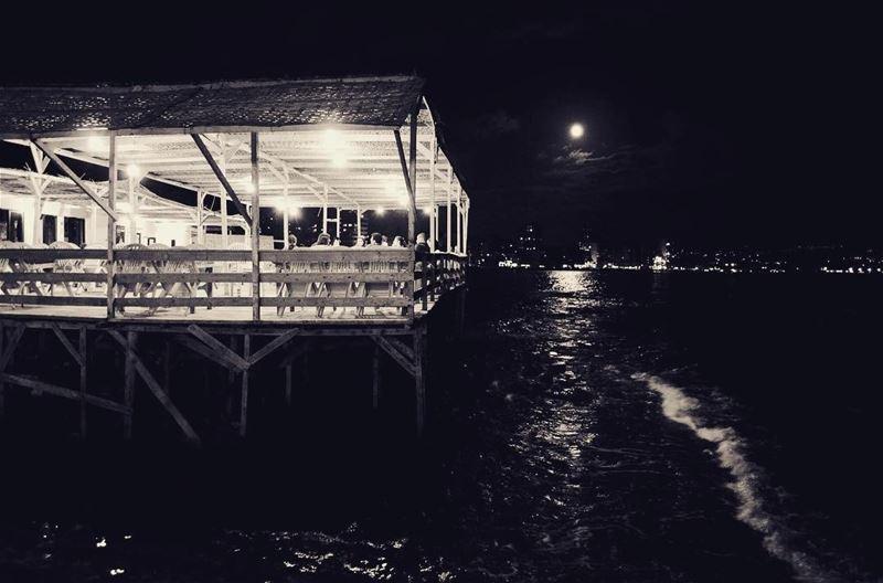 aljamalbeach tyr tyre sour lebanon southlebanon beach moonlight ... (Al Jamal Tyr)
