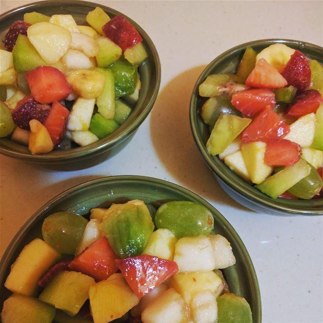 fruitsalads fruit fresh tasty😋 afterlunch organico ...