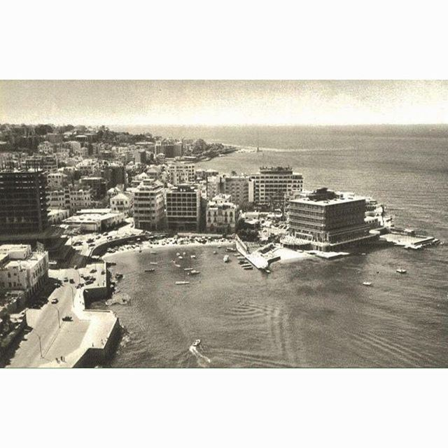 Good morning from Beirut Minet Al Hosn in 1959 , Phoenicia Hotel under construction .