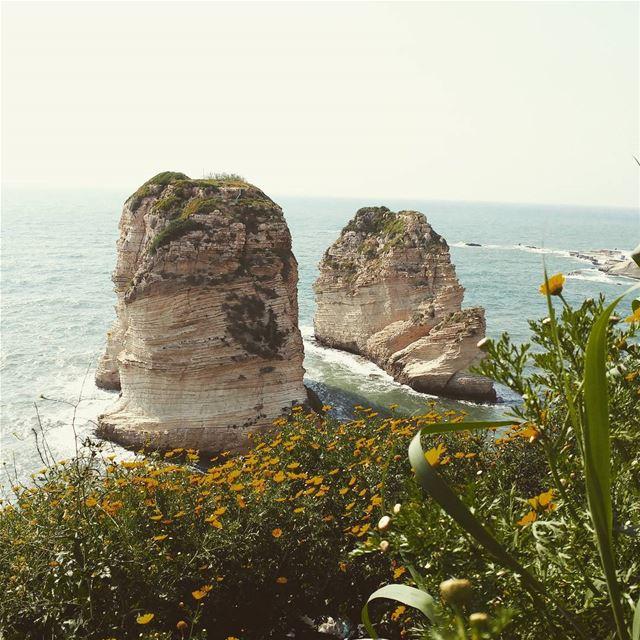 livelovebeirut beirutfootsteps livelovelebanon Lebanon lebanon_hdr ... (Raouché)