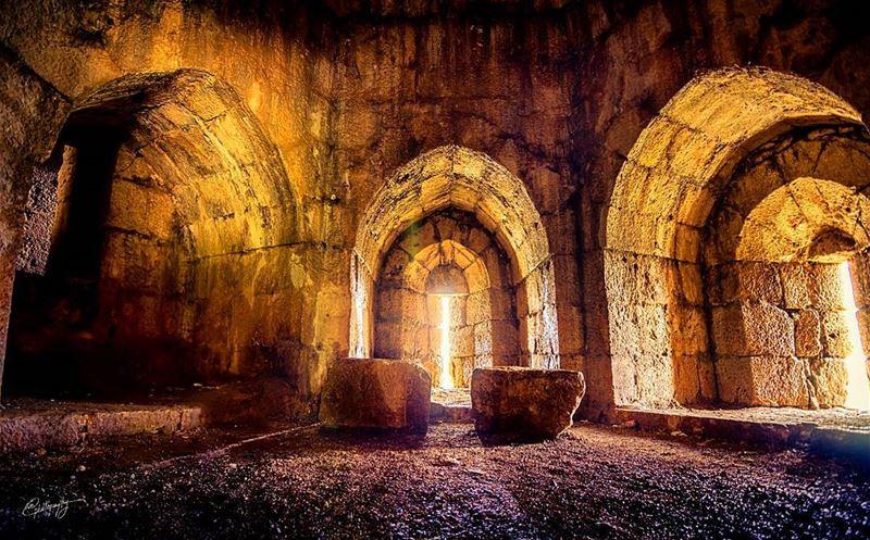 south lebanon old ruin castle snapshot photo photos photoshoot ... (Beaufort Castle, Lebanon)