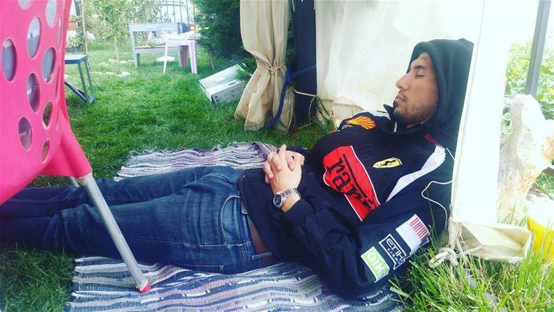 when araq kicks in bro nap lovethisboy grass lunch sunday ... (برج الملوك)