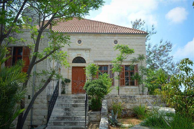 The Lebanese dream house!💙 -------------------------------------------... (Hosrayel, Mont-Liban, Lebanon)