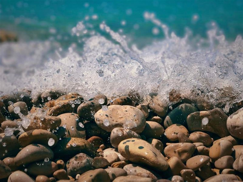"""The Ocean chose me."" – Moana sea wave shore beach rocks drops ... (Pierre & Friends)"