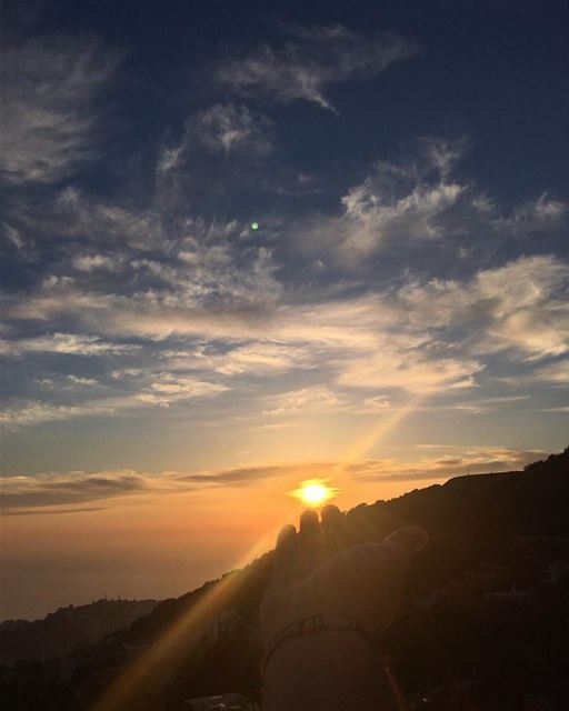 The skies proclaim the work of his hands 🌅  sunday  afternoon  sunset ... (El Kfour, Mont-Liban, Lebanon)