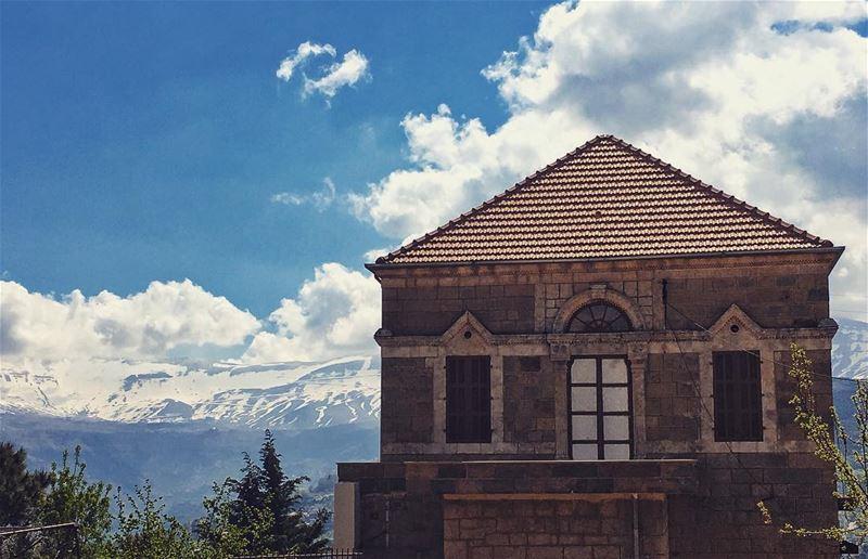 lebanon hadathaljebbe ... (Hadeth El Joubbe, Liban-Nord, Lebanon)
