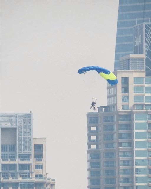... Elevators still out of service 😀------.. photography ... (Skydive Dubai)