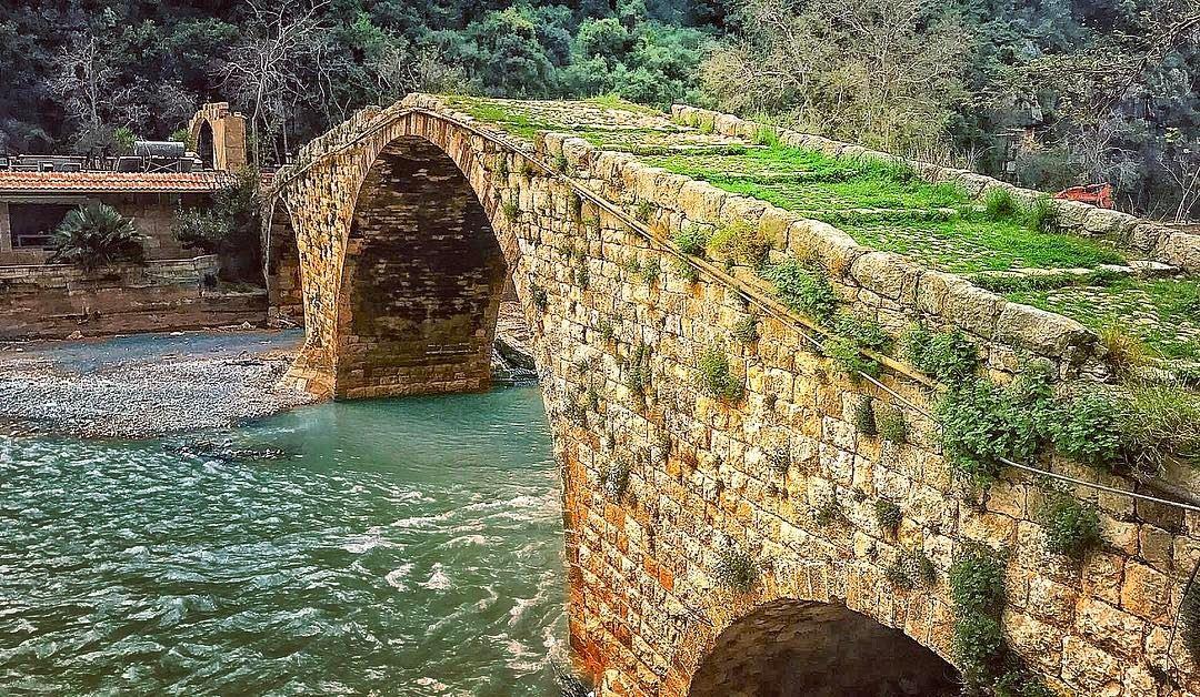 lake livelovenahrelkaleb livelovelebanon beutiful amazing bridge ... (Nahr al-Kalb)