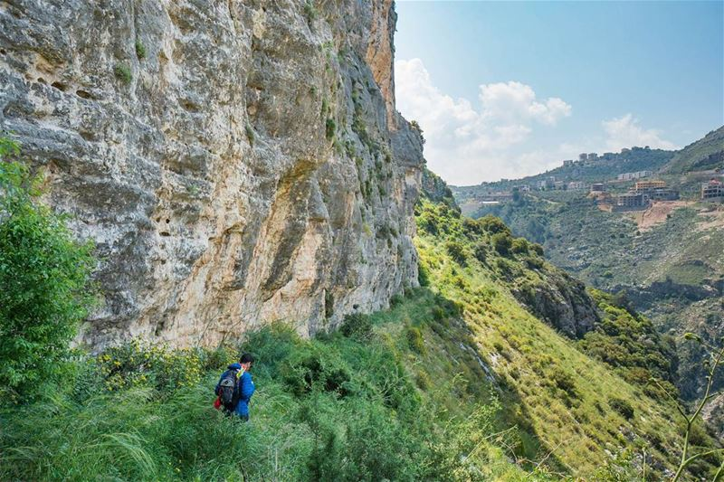 Green trails that extend from the monastery lebanon ... (Hamatoura Monastery)