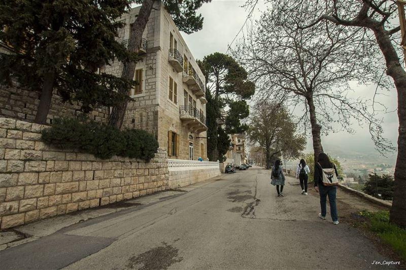 Une promenade après la bouffe 🤗••• Ehden liveloveehden lebanon ... (Ehdène, Liban-Nord, Lebanon)