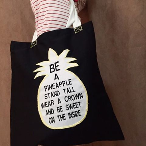 Loveyourself ☀️ totebag xtra light 🍃 Write it on fabric by nid d'abeille ...