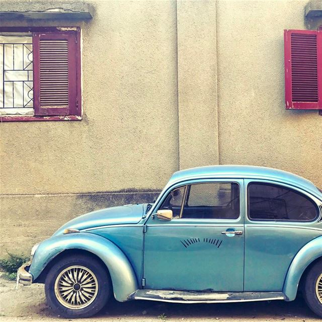 Blue cars and red windows💈 Lebanon tb travel travelgram traveler... (Beirut, Lebanon)