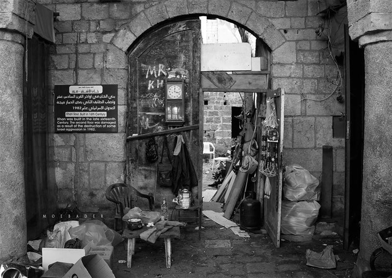 •i live in poverty• blackandwhite blackandwhitephoto photooftheday ... (Tyre, Lebanon)
