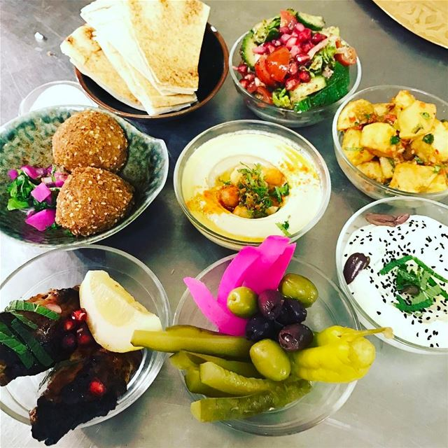 Who can't eat mezze everyday? ❤️❤️❤️ lunch mezze comptoir ... (Comptoir Libanais)