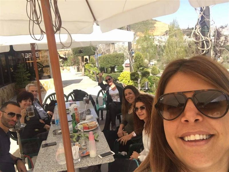 Selfie with friends at jalsat restaurant mayrouba faraya ... (Jalsat)