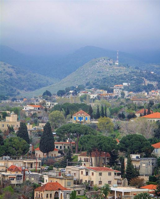 Souls raised home together on a mystical valley. beino village houses ... (Beïno, Liban-Nord, Lebanon)